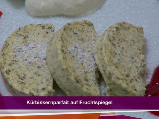 Fruchtiges Steirisches Kürbiskernparfait (Marco Angelini) - Rezept