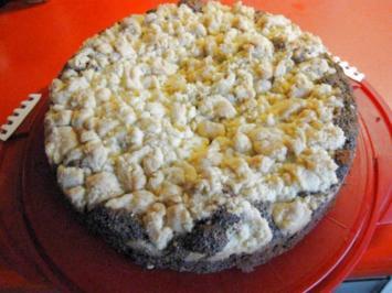 Haselnuss - Mohn - Kuchen mit Streusel - Rezept