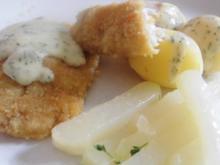 Fischfilet paniert an - Senf - Dill - Estragon Soße mit Kohlrabi und kleinen Kartoffeln. - Rezept
