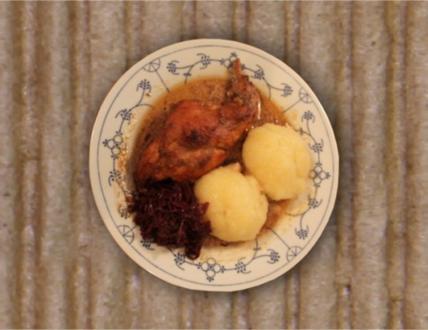 Kaninchenbraten mit Rosmarin, Thymian und Rotkohl - Rezept