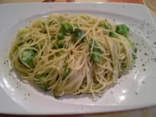 Vegan : Reisnudeln mit Broccoli in Kokosmilch - Rezept