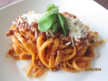 Tagliolini mit Hackfleischsauce - Rezept