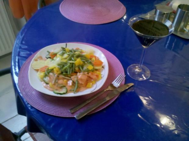 Vegetarisch: Gedämpftes Gemüse mit käsiger Tomatensoße - Rezept - Bild Nr. 9