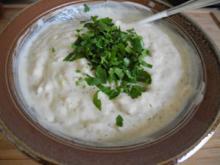 Vegan : Zwiebel - Soja - Joghurt mit Pellkartoffeln - Rezept