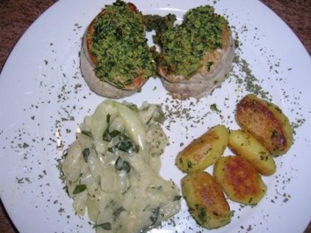 Schweinefiletmedaillons mit Kräuterkruste, an Orangen-Kohlraben + Kräuterkartoffeln - Rezept - Bild Nr. 10