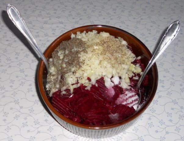 "Rote - Beete - Salat à la ""Oòrndrasch"" (Rzpt. um 1977) - Rezept - Bild Nr. 19"