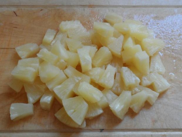 Fruchtiges Wurst-Gulasch mit Ananas & Paprika - Rezept - Bild Nr. 8
