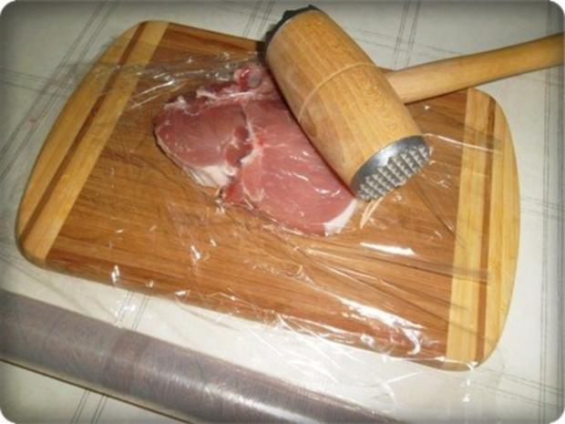Schweinekotelett mit Kartoffelbällchen und Paprikasalat - Rezept - Bild Nr. 6