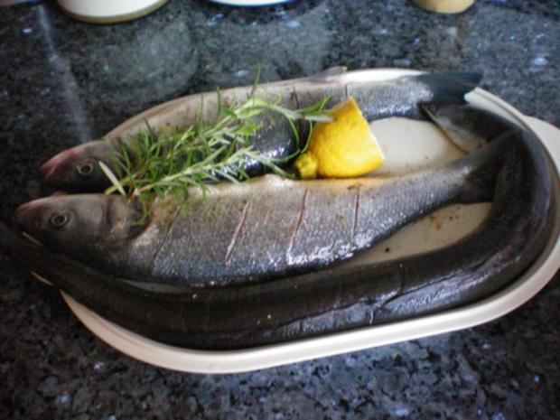 Fisch: Wolfsbarsch mit Rosmarin geräuchert - Rezept - Bild Nr. 3