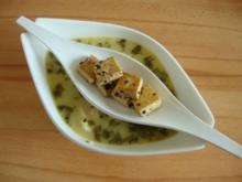 pilkantes Kokossüppchen mit Huhn und Sesamtofu - Rezept