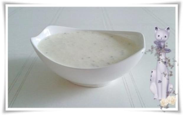 Mayonnaise ohne Eier als Basis für eine Kräuter Sauce - Rezept