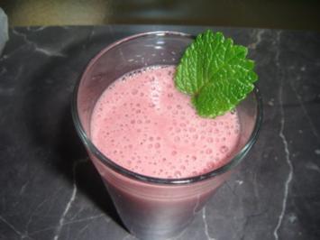 Erdbeer-Minze-Smoothie - Rezept