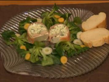Terrine mit Lachs, geräucherter Forelle  und Grüner Soße an Feldsalat - Rezept