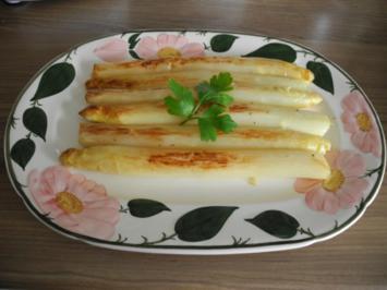 Vegan : Spargel in (veganer) Butter gebratenen  mit Kartoffel - Möhren - Beilage - Rezept