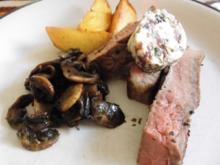 T Bone oder Porterhouse Steak - Würzbutter - gebräunte Champignons und Fritten Spalten - Rezept