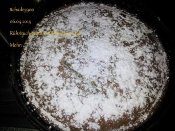 Angehauchter Rührkuchen mit Marzipan und Mohn - Rezept