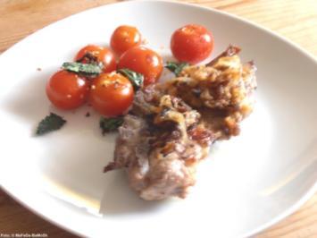 Schweinenacken-Steaks mit Minztomaten - Rezept