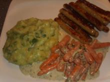 Mini Bratwürste mit Kartoffel-Bärlauch Püree und Babymöhrchen - Rezept