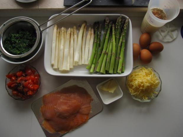 Spargelauflauf mit Spinat, Tomaten und Lachs - Rezept - Bild Nr. 2