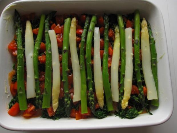 Spargelauflauf mit Spinat, Tomaten und Lachs - Rezept - Bild Nr. 7