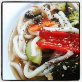 Udon-Nudelsuppe (vegan) - Rezept