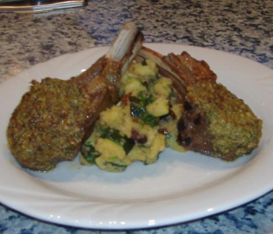 Grober Kartoffelstampf mit Zucchini,Bärlauch und getrockneten Tomaten - Rezept - Bild Nr. 5