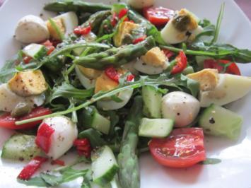 Rucolasalat mit grünem  Spargel und Chili - Rezept