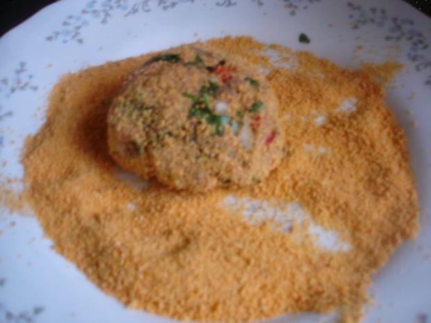 Korianderbuletten mit Sellerie-Kartoffelstampf und grünen Bohnen - Rezept - Bild Nr. 7