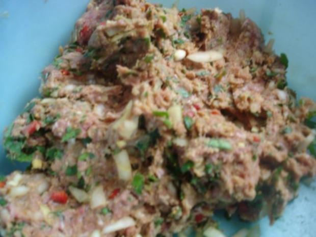 Korianderbuletten mit Sellerie-Kartoffelstampf und grünen Bohnen - Rezept - Bild Nr. 6