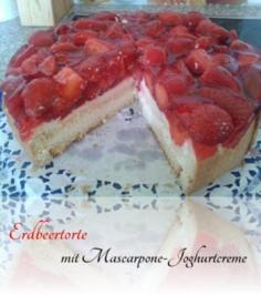 Erdbeertorte mit Mascarpone-Jogurtcreme - Rezept