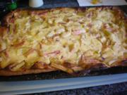 Kuchen: Rhabarberkuchen mit Grießpudding - Rezept