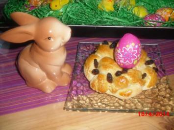 Osterkranz mit Rosinen und Nuss - Rezept