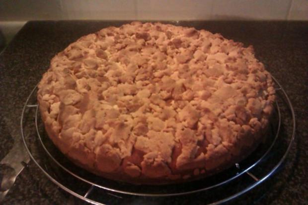 Streuselkuchen gefüllt, oder Torte?! Hmmm.. :-) - Rezept - Bild Nr. 2