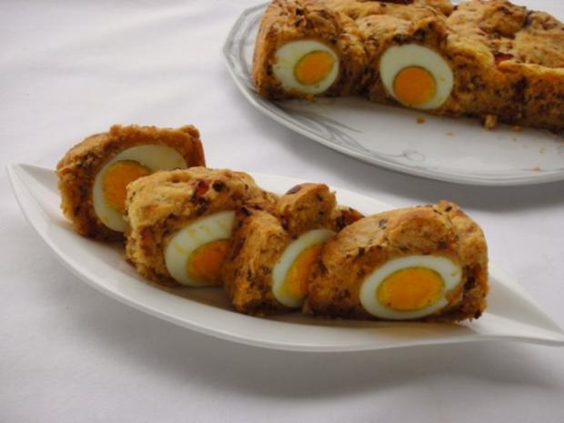 Herzhafter Hefekuchen versteckt ein paar Eier - Rezept - Bild Nr. 13