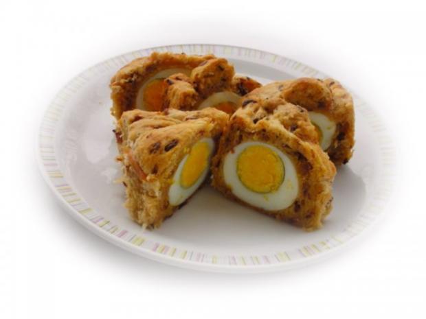 Herzhafter Hefekuchen versteckt ein paar Eier - Rezept - Bild Nr. 14