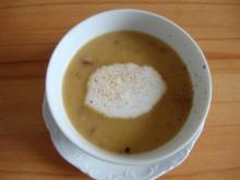 edles Sauerkrautsüppchen mit Cranberries und Tonkabohnenschaum - Rezept
