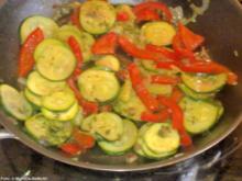 Zucchini-Paprika-Pfanne - Rezept