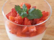 Buttermilchmousse mit marinierten Erdbeeren - Rezept