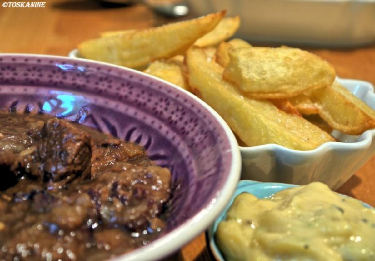 Stoofvlees mit Pommes frites - Rezept Durch toskanine