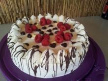 Himbeer-Sahe-Torte - Rezept