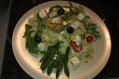 Gemischter Salat mit grünem Spargel - Rezept