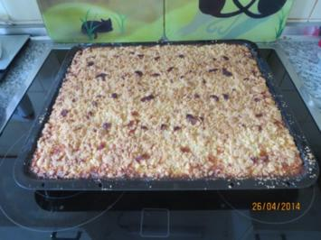 Rahm-Apfelkuchen mit Butterstreuseln - Rezept