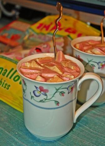 Heiße Schokolade mit Marshmallows - Rezept - Bild Nr. 3
