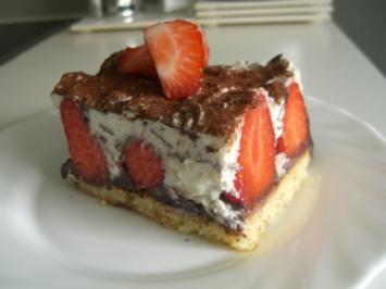 Rezept: Erdbeer-Stracciatella-Schnitten