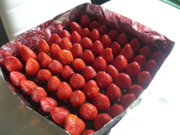 Erdbeer-Stracciatella-Schnitten - Rezept - Bild Nr. 7