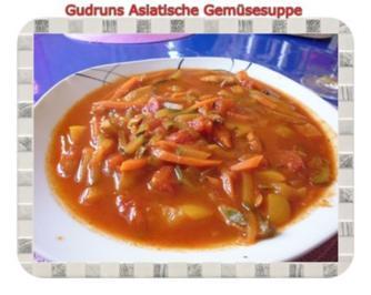 Gemüse: Asiatische Gemüsesuppe - Rezept