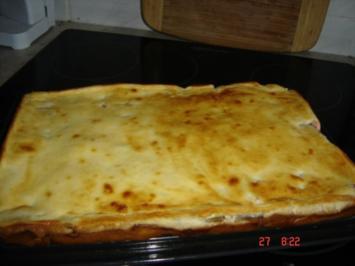 Heimi`s Rhabarberkuchen mit Schmandguss - Rezept