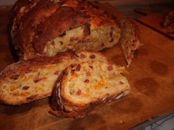 Brot/Brötchen: Dinkelbrot mit Malzbier, Schinkenspeck und Süßkartoffel - Rezept