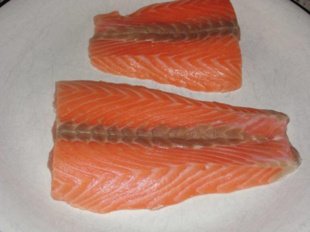 Lachs ohne Haut - Dampf gegart - mit kalter Vinaigrette, Curry - Mango - Reis u. Broccoli - Rezept - Bild Nr. 4