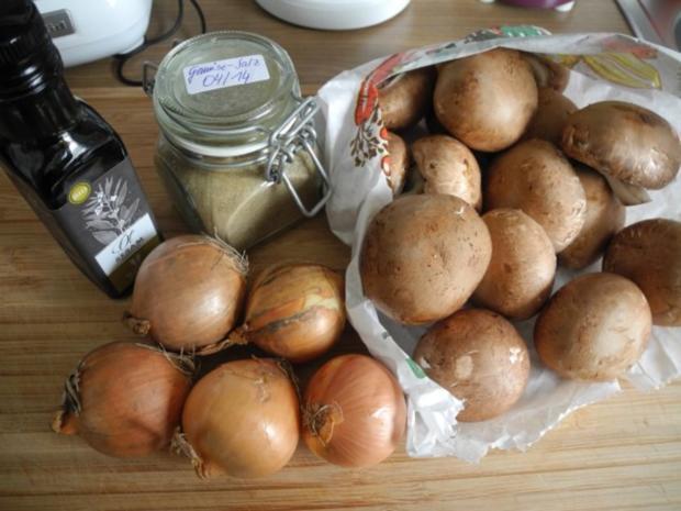 Vegan : Gebratene Petersilien - Polenta mit Dürrpflaumen - Zwiebel - Champignons - Rezept - Bild Nr. 8